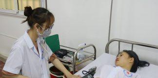 sinh viên khoa điều dưỡng trường cao đẳng y hà nội